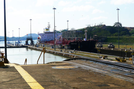 Panama-canal-18