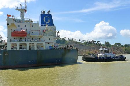 Panama-canal-43