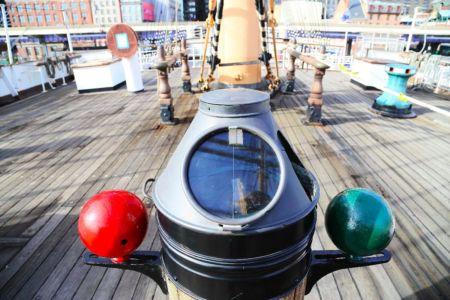 nyc-tourboat-peking8