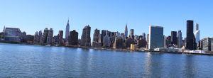 Queens-eastriver-nyc-skyline