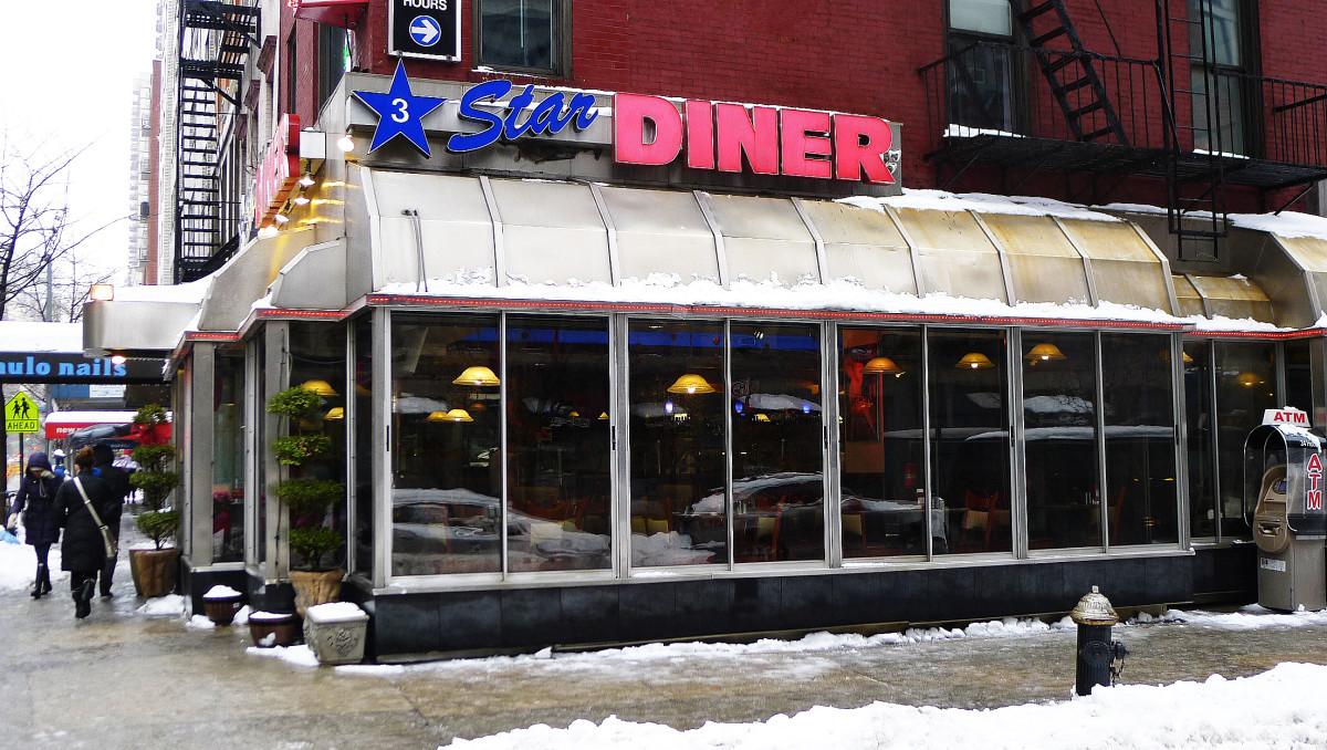 3 Star Diner vid 76:e gatan och Första Avenyn.