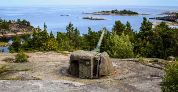 Batteri-Arholma-Nord-12-aug-2017-1-575x300.jpg