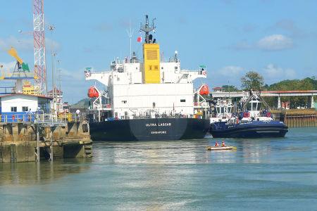 Panama-canal-38