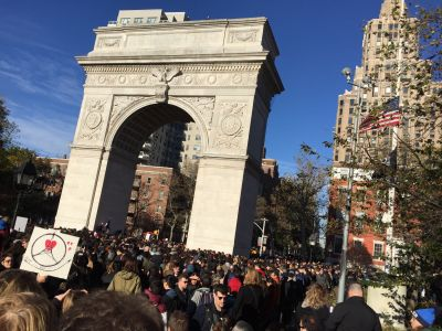 Standing up for France - Wash. Sq. Park