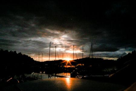Natt över hamnen