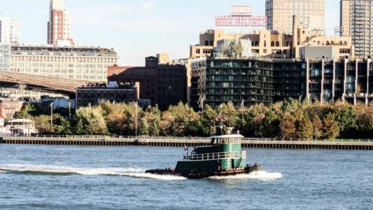 East River tug