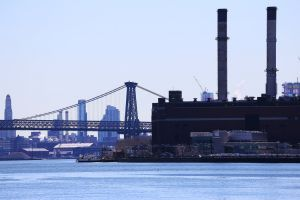 Queens-eastriver-4