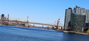 Queens-eastriver-8