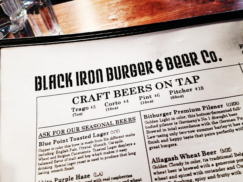 Ölutbudet hos Black Iron är inte så stort, men välvalt. En del fina öl finns på tapp.