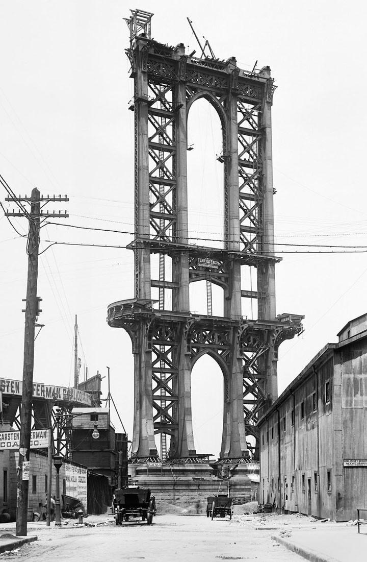 Bygget av Manhattan Bridge i början av 1900-talet. Foto: New Yorks stadsarkiv