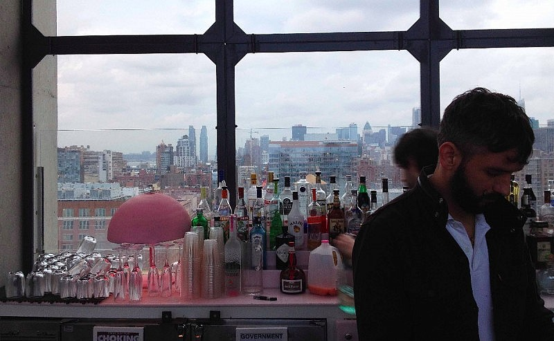 Baren hos The Standard rooftop bar. Foto: Erik Bergin