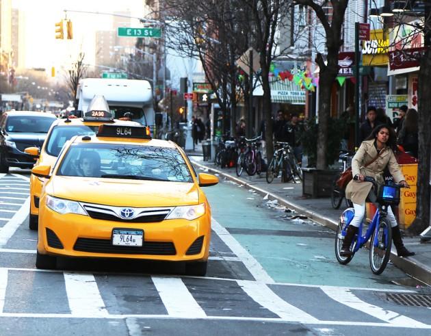 Säkert vårtecken: cyklisterna på de blå Citibike-hojarna är tillbaka.