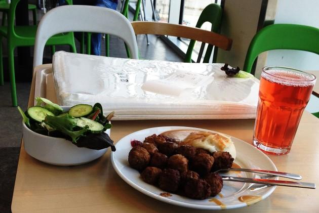 Lunch á la Ingvar Kamprad.