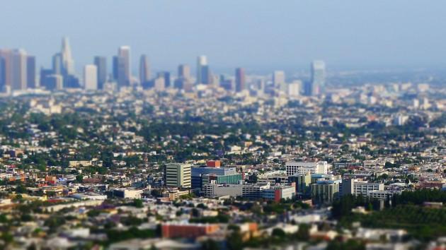 LA-view3